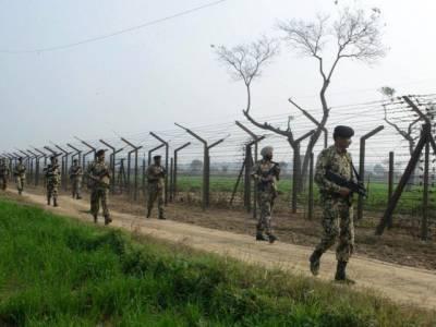 کنٹرول لائن پر پاک فوج کی جوابی فائرنگ سے ہمارے بھی 13فوجی مارے گئے : بھارتی وزارت دفاع