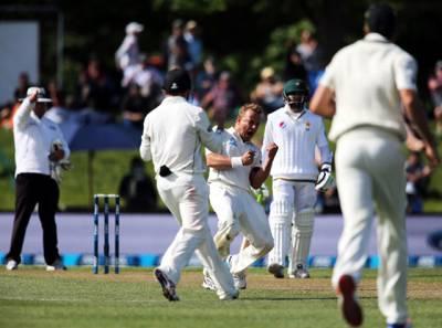 پہلا ٹیسٹ: تیسرے روز کا کھیل ختم، پاکستان نے 7 وکٹوں پر 129 رنز بنا لئے، نیوزی کیخلاف 62 رنز کی برتری