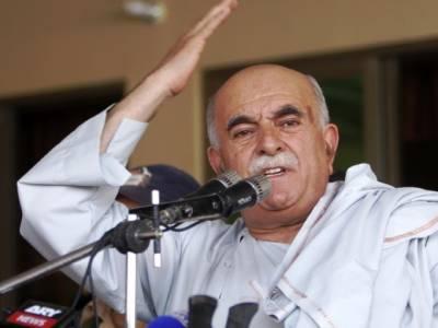 محمود خان اچکزئی خواجہ سراﺅں کیلئے میدان میں آ گئے ،حکومت سے بڑا مطالبہ کر دیا