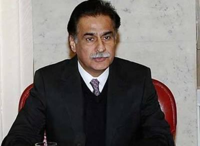 شیخ رشید دوغلے آدمی ہیں ،میرے کمرے میں آ کر جنوبی افریقہ بھیجنے کی درخواست کرتے ہیں :ایاز صادق