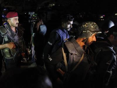 چہلم حضرت امام حسینؓ ،پولیس اور رینجرز کا جیکب آباد کے گرد و نواح میں کومبنگ آپریشن،25مشتبہ افراد گرفتار