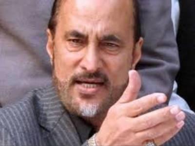 پاناما لیکس کیس : عمران خان نے بابر اعوان کو وکیل مقرر کرنے کی منظور ی دیدی