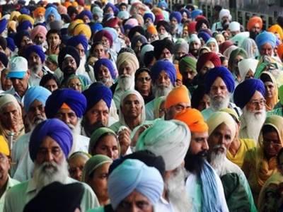 بابا گرونانک کے جنم دن کی تقریبات کیلئے آئے سکھ یاتری بھارت روانہ ہو گئے