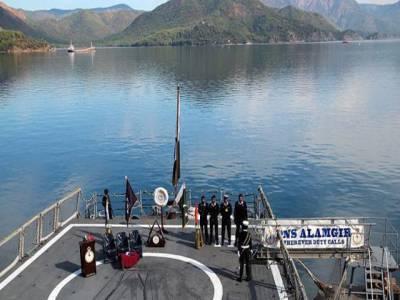 ترکی میں بلیو شارک نامی جنگی مشقیں ،پاکستانی جنگی بحری جہاز اور افسران بھی شرکت کے لیے پہنچ گئے