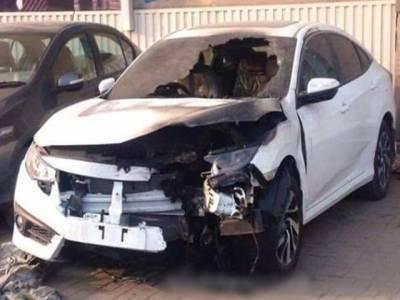 پاکستانی شہری کی نئی کار کو آگ لگ گئی، وجہ جان کرآپ بھی احتیاط کریں