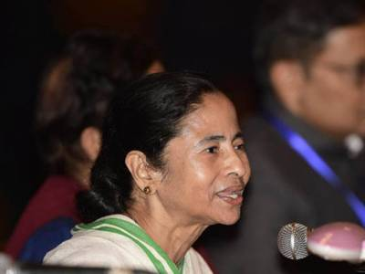 مغربی بنگال میں فوج کی تعیناتی کا تنازعہ ،ممتا بنر جی 36گھنٹوں بعد سیکرٹریٹ سے گھر روانہ ،مودی سے قبل کسی نے فوج کو سیاست کے لئے استعمال نہیں کیا:ممتا بنر جی