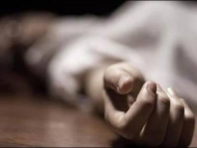 جھنگ میں شوہر نے دوسری شادی کی اجازت نہ دینے پر بیوی کو تیز دھار آلے سے قتل کردیا