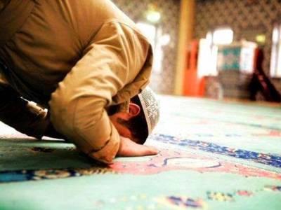 بھارتی ریاست اترکھنڈ میں مسلمان ملازمین کو نماز جمعہ کےلئے ڈیڑھ گھنٹے کا وقفہ دینے کا فیصلہ
