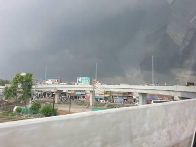 بارش کو ترستے پاکستانیوں کو محکمہ موسمیات نے خوشخبری سنادی ،چوبیس گھنٹوں کے دوران ابر کرم برسنے کا امکان