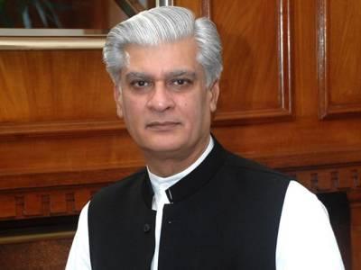 عمران خان صرف ہوائی فائرنگ کررہے ہیں، پلے کوئی ثبوت نہیں : آصف کرمانی