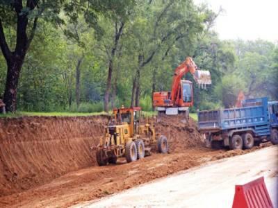 ہائی کورٹ :کینال روڈ توسیع منصوبہ،درختوں کو کاٹنے کے خلاف درخواست پر ڈی جی پی ایچ اے سے جواب طلب