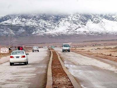 بلوچستان کے مختلف علاقوں میں بارش اور برفباری،سرد موسم میں بجلی کی بھی آنکھ مچولی شروع ،گیس پریشر کم ہونے سے لوگوں کی مشکلات میں اضافہ