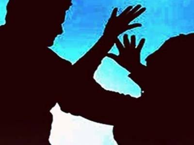 بھائی کی جنسی خواہش پوری نہ کرنے پر خاوند کا بیوی پر تشدد