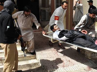 سانحہ کوئٹہ از خود نوٹس،مخدوم علی خان نے سپریم کورٹ میں التواءکی درخواست دیدی