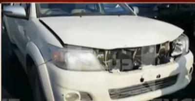 لیگی سینیٹر اور عمران خان کے قافلے کی گاڑیاں آپس میں ٹکر اگئیں ،کپتان محفوظ