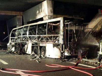 اٹلی میں سکول بس کو حادثہ ، 16طلبا ہلاک، 40 زخمی