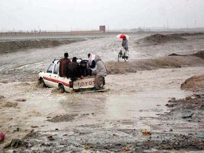 چمن میں شدید بارش ،پہاڑی علاقے میں طغیانی ،کار ریلے میں بہہ گئی ،2شخص جاں بحق،7افراد زخمی