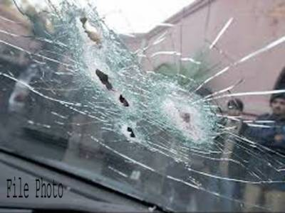 نصیر آباد ڈیرہ مراد جمالی میں نامعلوم افراد کی پولیس موبائل پرفائرنگ، ایس ایچ او شہید ،2اہلکار زخمی