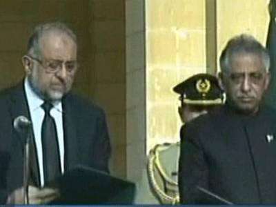 محمد زبیر نے32ویں گورنر سندھ کے عہدے کا حلف اٹھا لیا