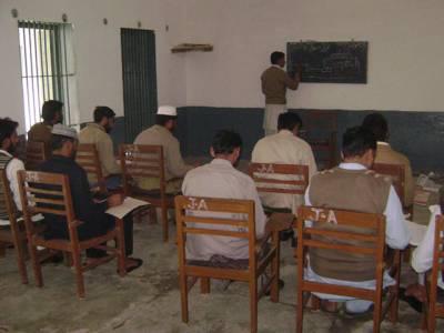 پنجاب حکومت نے جیلوں میں تعلیم یافتہ قیدیوں کو ''استاد'' بنانے کا منصوبہ تیار کر لیا
