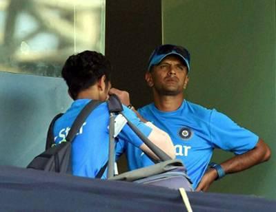 """""""یہاں تو ایک سینڈویچ بھی۔۔۔"""" بھارتی فوجیوں کے بعد بھارتی انڈر 19 کرکٹ ٹیم کے کھلاڑی بھی بھوک سے بلبلا اٹھے"""