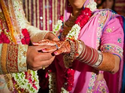 مجھے شادی کے 3سال بعد پتا چلا کہ میری بیوی کنواری نہیں بلکہ اس نے ایک ،دو ،نہیں بلکہ اتنی شادیاں کی ہوئی ہیں۔۔۔۔مظلوم شوہر ''داستان غم ''لے کر پولیس سٹیشن جا پہنچا