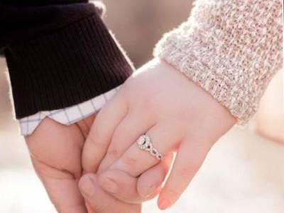 'میرا شوہر مجھے بے حد گالیاں نکالتا ہے لیکن پھر بھی اُس کے ساتھ ہوں کیونکہ۔۔۔' خاتون نے ایسی بات کہہ دی کہ جان کر آپ کا بھی دل پگھل جائے گا