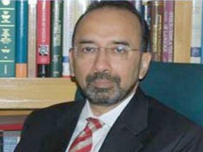سانحہ کوئٹہ ازخود نوٹس کیس،وزارت داخلہ کے وکیل مخدوم علی خان نے کیس کی پیروی سے دستبرداری کا اعلان کردیا