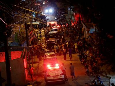 برازیل میں پولیس کی ہڑتال خونی جھڑپوں میں تبدیل ،120سے زائد ہلاکتیں ،درجنوں زخمی ،فوج کو تعینات کر دیا گیا