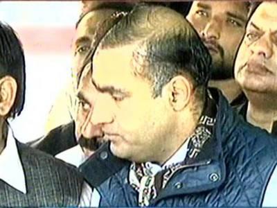 عمران خان کو خیبر پختونخوا کی حکومت بھیک میں دی مگر وہاں لوگ رو رہے ہیں : عابد شیر علی