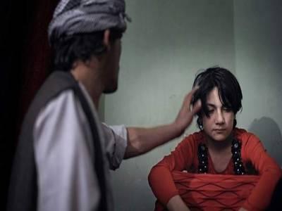سردار ،کمانڈر اور سیاستدان اپنے ساتھ بچوں کو کس لیے رکھتے ہیں ؟افغان اشرافیہ کا شرمناک ترین پہلو سامنے آگیا ،روک تھام کے لیے قانون بھی بن گیا