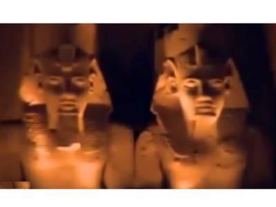 مصر کے اس مندر میں سال میں 2مرتبہ فرعون کے اس مجسمے کے چہرے پر کیا چیز نظر آتی ہے؟ دیکھ کر لوگوں کو آنکھوں پر یقین نہ آئے، آپ کی بھی حیرت کی انتہا نہ رہے گی