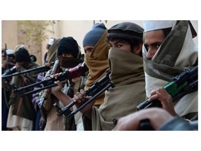 چوکی پر کھڑے 12 افغانی پولیس والے یکدم ہلاک ہوگئے، افغان طالبان نے کونسا ہتھیار استعمال کرکے انہیں ایک ہی جھٹکے میں خاموشی سے ڈھیر کردیا؟ جان کر افغان حکومت کے پیروں تلے واقعی زمین نکل جائے گی