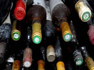 سندھ ہائیکورٹ نے صوبے بھر میں شراب خانے بند کرنے کا حکم دیدیا