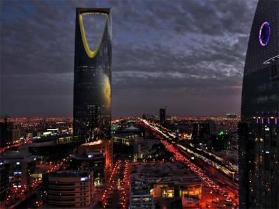 سعودی عرب میں ٹیکسی سروس اوبر اور کریم پر ایئرپورٹس پر سواری بٹھانے پر پابندی لگا دی گئی