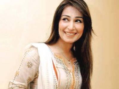 اداکارہ ریما فائنل میچ دیکھنے کیلئے امریکا سے لاہور پہنچ گئیں، پشاور زلمی کو سپورٹ کریں گی