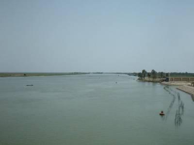 داعش کی جانب سے دریائے فرات کے سپل ویز کھولنے کا خطرہ، کسان خوف میں مبتلا