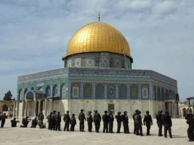 یہودی آباد کارمسجد اقصیٰ میں گھس آئے ، محافظوں نے مقدس مقام کی بے حرمتی کی کوشش ناکام بنا دی