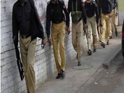 """""""ہم چوروں کو نہیں روک سکتے""""،کشمور پولیس نے شہریوں کو حفاظت کیلئے تالے بھجوا دیئے"""