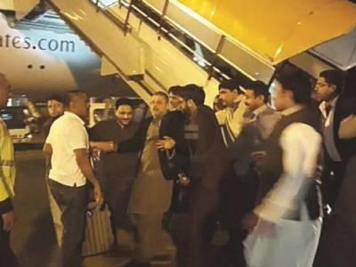 خود ساختہ جلا وطنی کے بعد اسلام آباد پہنچنے والے شرجیل میمن گرفتاری کے چند گھنٹے بعد رہا