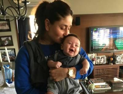کرینہ کپور نے اپنے بیٹے کیساتھ ایسی حالت میں تصویر جاری کر دی کہ سوشل میڈیا پر ہنگامہ برپا ہو گیا، ہر کوئی کرینہ کپور کو۔۔۔