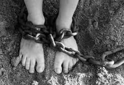 بھارتی خاتون کو نوکری کا جھانسا دے کر انسانی سمگلروں نے جنسی غلام بنا دیا