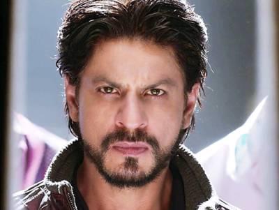 """""""جاﺅ اور باتھ روم میں اپنا دماغ خالی کرو۔۔۔"""" شاہ رخ خان کا ایسا روپ سامنے آ گیا جو آج سے پہلے کسی نے نہ دیکھا تھا، مداح بھی ہکا بکا رہ گئے"""