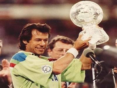 اٹیکنگ سٹریٹجی کی وجہ سے ورلڈ کپ جیتے، ہارنے کا خوف آپ کو ہراتا ہے: عمران خان
