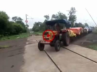 آپ نے ایسی ٹرین آج سے پہلے نہی دیکھی ہو گی۔ ویڈیو: عاطف لطیف۔ لاہور