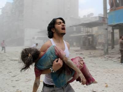 شام میں اسدی فوج انسانیت کا سبق بھول گئی، عدلیب شہر میں زہریلی گیس کا حملہ 11بچوں سمیت 100افراد جاں بحق400سے زائد زخمی