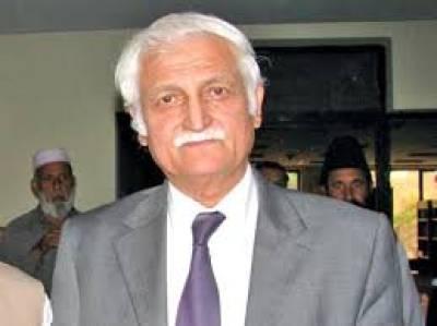 مشال خان کے قتل سے ہمارے سر شرم سے جھک گئے،اہلخانہ کو جلد انصاف دیا جائے: فرحت اللہ بابر