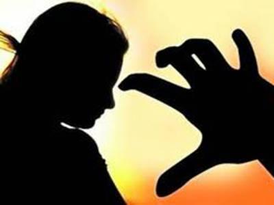 شادی کا جھانسہ دیکر بیوہ سے اوباشوں کی زیادتی