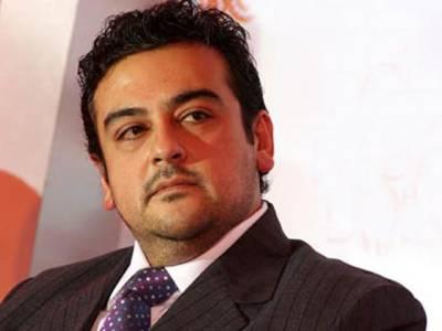 عدنان سمیع کو دوبارہ ٹویٹر پر صارفین کی تنقید کا سامنا