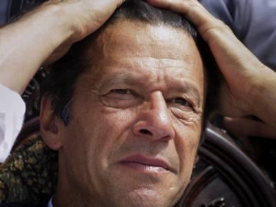 پاناما کیس کے فیصلے کے بعد عمران خان مایوس ہو کر بنی گالہ روانہ